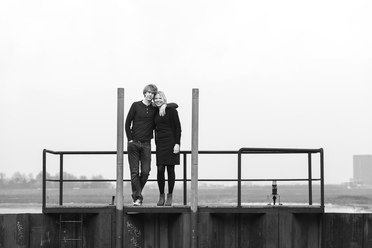 Loveshoot buiten pre-wedding