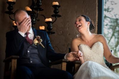 Lachen tijdens de ceremonie