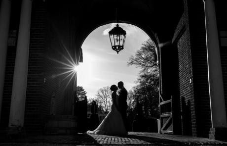 Trouwfotograaf-bruidspaar-silhouet